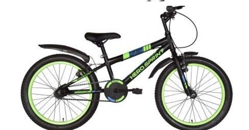 HERO CYCLES LIMITED Superboy 20 T BMX Cycle (Single Speed, Black, Green) for Age 5 to 11 Years